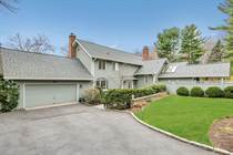 Homes for Sale in Pocantico Hills, Sleepy Hollow, New York $1,799,000