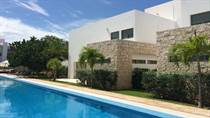 Homes for Sale in Playa del Carmen, Quintana Roo $430,000