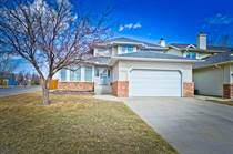 Homes Sold in Scenic Acres, Calgary, Alberta $596,000