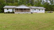 Multifamily Dwellings for Sale in Marion, North Carolina $335,000