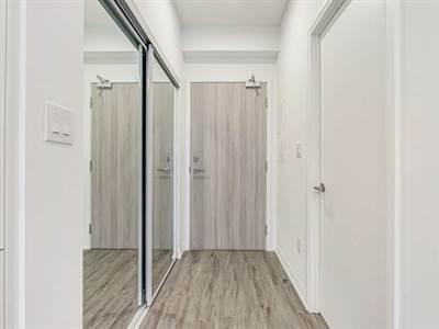 75 Canterbury Pl, Suite 1203, Toronto, Ontario