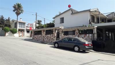 2 Properties for sale in col. Constitucion, Playas de Rosarito