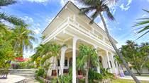 Homes for Sale in Vacacional Puerto Morelos , Puerto Morelos, Quintana Roo $1,300,000