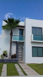 HOUSE FOR SALE IN CANCUN AV 135