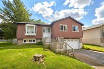 Homes for Rent/Lease in Barrie, Ontario $2,200 monthly