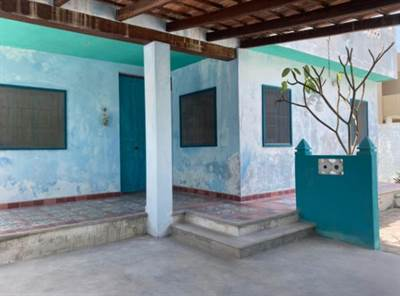 COLONIAL STYLE ONE FLOOR  HOUSE ON THE BEACH OF CHELEM