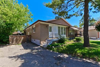 3 Bedroom Family Home With Basement Suite! Desirable Northwood Park!