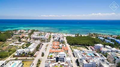 Beautiful Studio Close to the Ocean for Sale in Downtown Playa del Carmen DED666