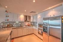 Condos for Sale in Zona Hotelera, Puerto Vallarta, Jalisco $549,000