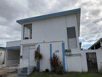 Multifamily Dwellings for Sale in Country Club, Carolina, Puerto Rico $128,000