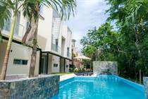 Homes for Sale in Puerto Aventuras, Quintana Roo $136,000