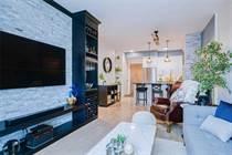 Homes for Sale in Lake Shore Blvd, Toronto, Ontario $699,900