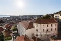 Homes for Sale in Castelo , Lisbon €1,400,000