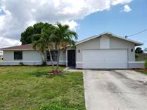 Homes for Sale in Cape Coral, Florida $179,400