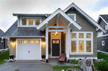 Homes for Sale in Qualicum Beach, British Columbia $585,000