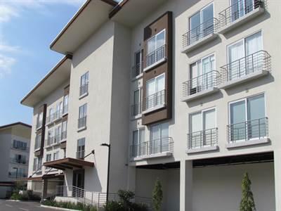 Elegant, Comfortable 1B, 1B, 1P, Apartment in Distrito 4 For Sale