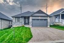 Homes for Sale in Paris, Ontario $939,900