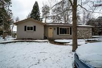 Homes for Sale in Rochester, Michigan $220,000