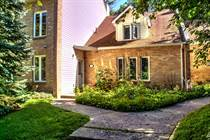 Homes for Sale in Simcoe County, Wasaga Beach, Ontario $399,900