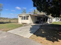Homes for Sale in Windward Knolls Mobile Home Park, Thonotosassa, Florida $23,900
