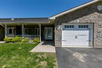 Homes for Sale in Simcoe County, Wasaga Beach, Ontario $339,900