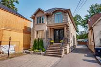 Homes for Sale in Etobicoke, Toronto, Ontario $1,800,000