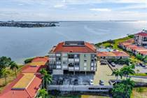 Condos for Sale in Isla del Sol, St. Petersburg, Florida $399,000