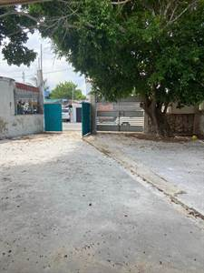 """Progreso, Yucatan presents """"HOUSE WITH 2 APARTMENTS"""" 50mts from the Beach"""
