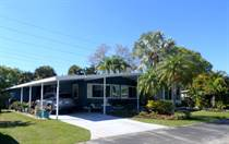 Homes for Sale in Camelot Lakes MHC, Sarasota, Florida $160,000