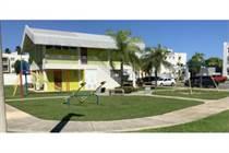 Condos for Sale in Con. Lagoplaya, Toa Baja, Puerto Rico $132,000