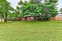 Homes for Sale in Kanaly's Tara Estates, Edmond, Oklahoma $450,000