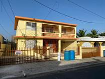Multifamily Dwellings for Sale in Navarro, Gurabo, Puerto Rico $95,000