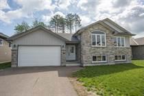 Homes Sold in Laurentian Highlands, Petawawa, Ontario $395,900