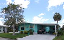 Homes for Sale in Camelot Lakes MHC, Sarasota, Florida $79,000