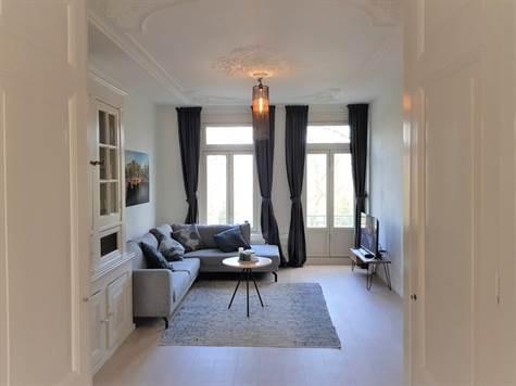 Sarphatipark, Suite 2275