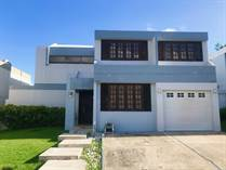 Homes for Sale in Terranova, Guaynabo, Puerto Rico $265,000