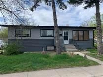 Homes for Sale in Lethbridge, Alberta $239,900