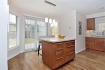 Homes for Sale in River Oaks, Oakville, Ontario $1,075,000