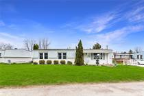 Homes for Sale in Innisfil, Ontario $199,000