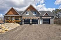 Homes for Sale in Penetanguishene, Ontario $759,900