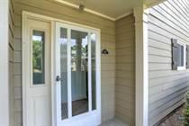 Homes for Sale in Hillsdale, Smyrna, Georgia $124,900