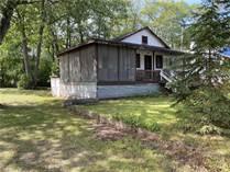 Homes for Sale in Simcoe County, Wasaga Beach, Ontario $395,000