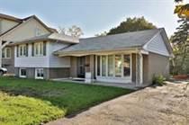 Homes for Sale in Trafalgar/Leighland, Oakville, Ontario $1,149,000