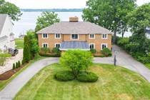 Homes for Sale in Grosse Ile, Michigan $1,085,000