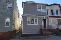 Multifamily Dwellings for Sale in Woodhaven, New York City, New York $979,000