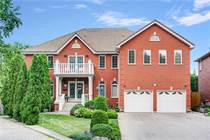 Homes for Sale in Hamilton, Ontario $1,999,888