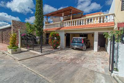Excellently Located Family Home in Aleman