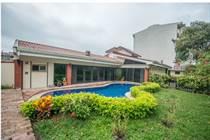 Commercial Real Estate for Rent/Lease in Urbanizacion Cristal, Uruca, San José $4,500 monthly
