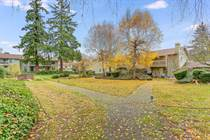 Condos for Sale in East Hill, Kent, Washington $199,950
