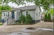 Homes for Sale in Des Plaines, Illinois $295,000